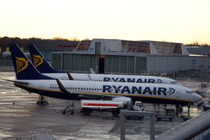 737-800 in Bremen, Foto: Bilderrampe.de