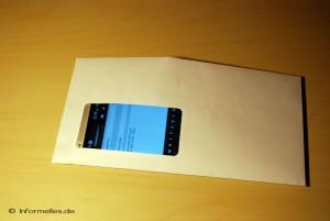 Smartphone im Umschlag versenden