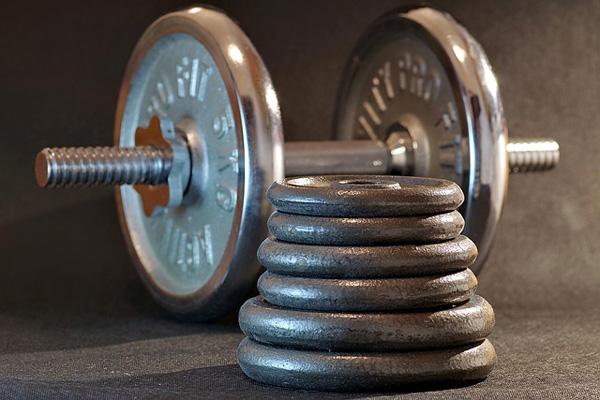 Hanteln & Gewichte @ Foto: Arcaion, pixabay.com, CC0 Creative Commons