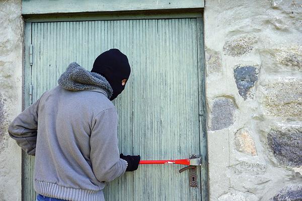 Einbruch an der Tür | Foto: TheDigitalWay, pixabay.com, CC0 Creative Commons