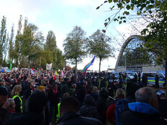 Demo an der Weser-Ems-Halle